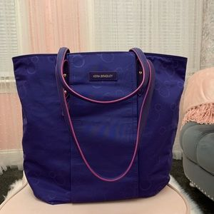 Vera Bradley Disney tote bag with Mickey inside.